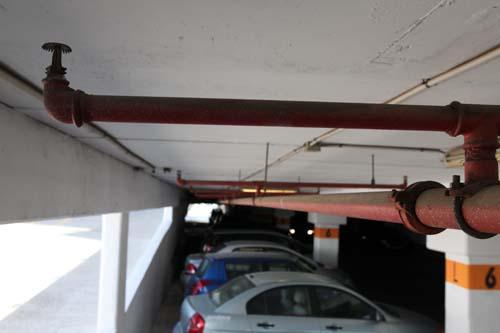 ספרינקלרים בחניה מקורה